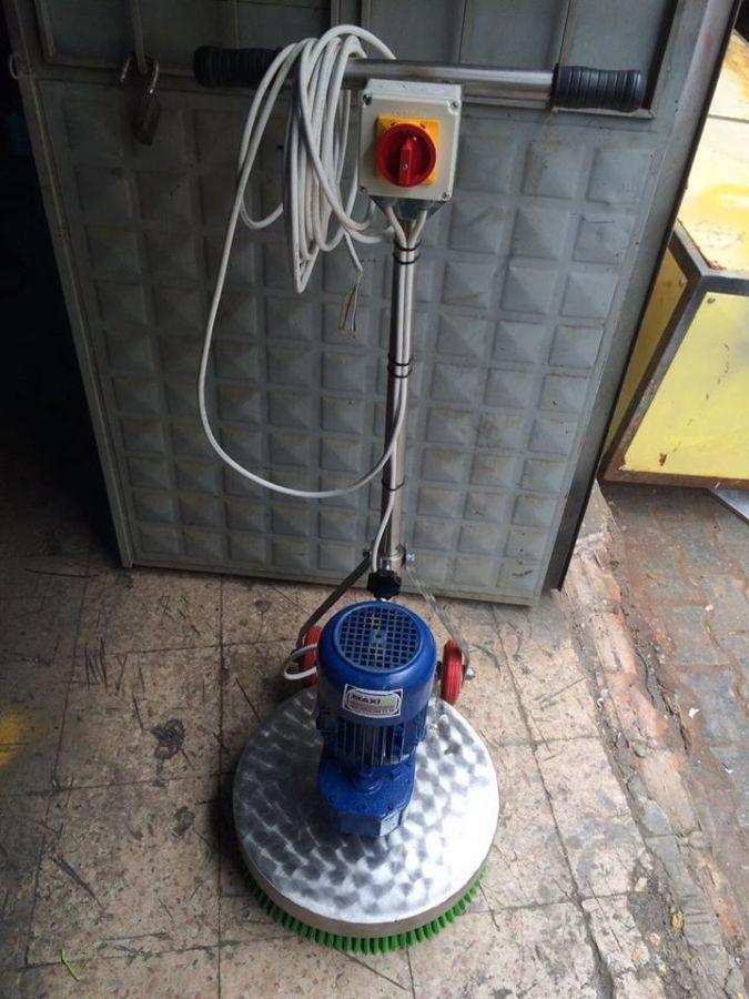 Фото 8 - Продам профессиональное оборудование для стирки  ковров.