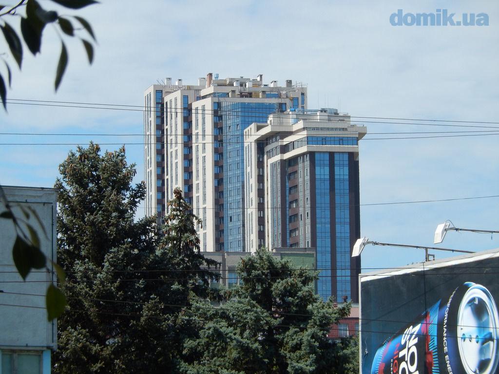 Продам квартиру с великолепным видом на р. Днепр