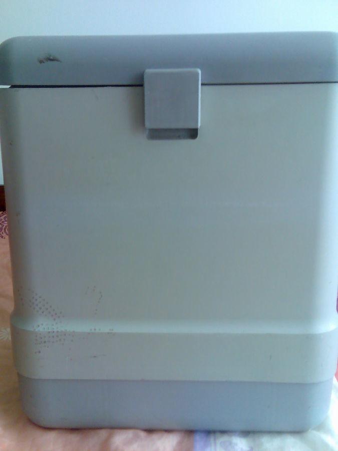 """Автомобильный холодильник """"Холодок"""""""