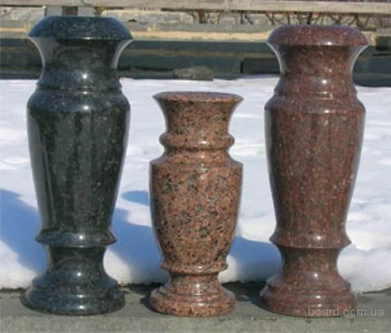 Фото 4 - Изделия из гранита: балясины, памятники, вазы, столешницы, плитка.