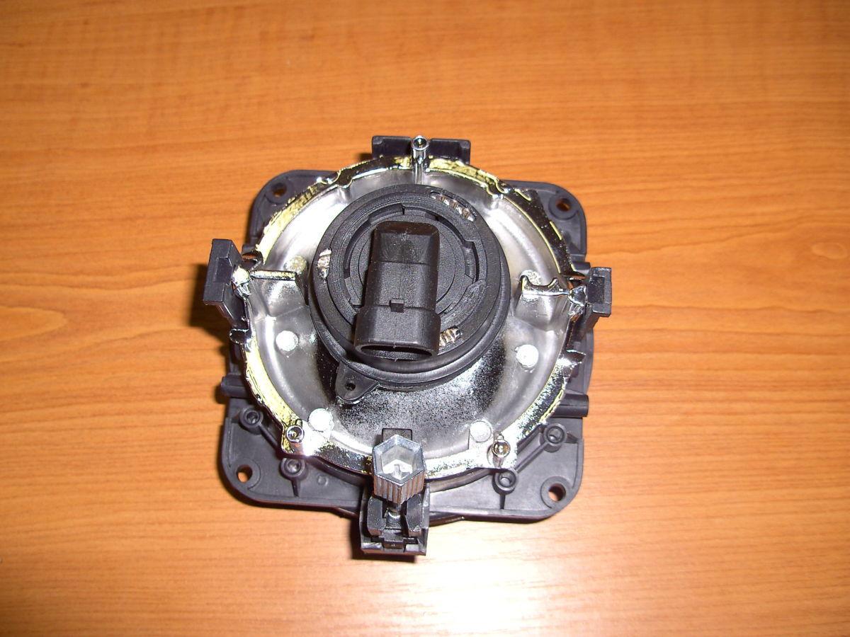 Фото 2 - Фара противотуманная галогенка до 2006г Ford Connect