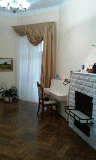 3 комнатная квартира Пастера улица рядом Украинский театр