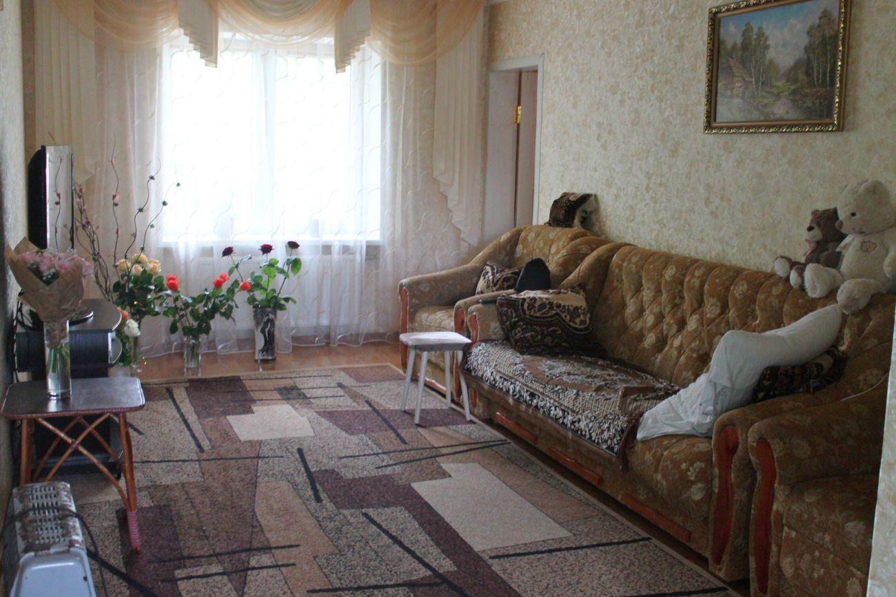 Продам отличный дом с гаражем в Терновке