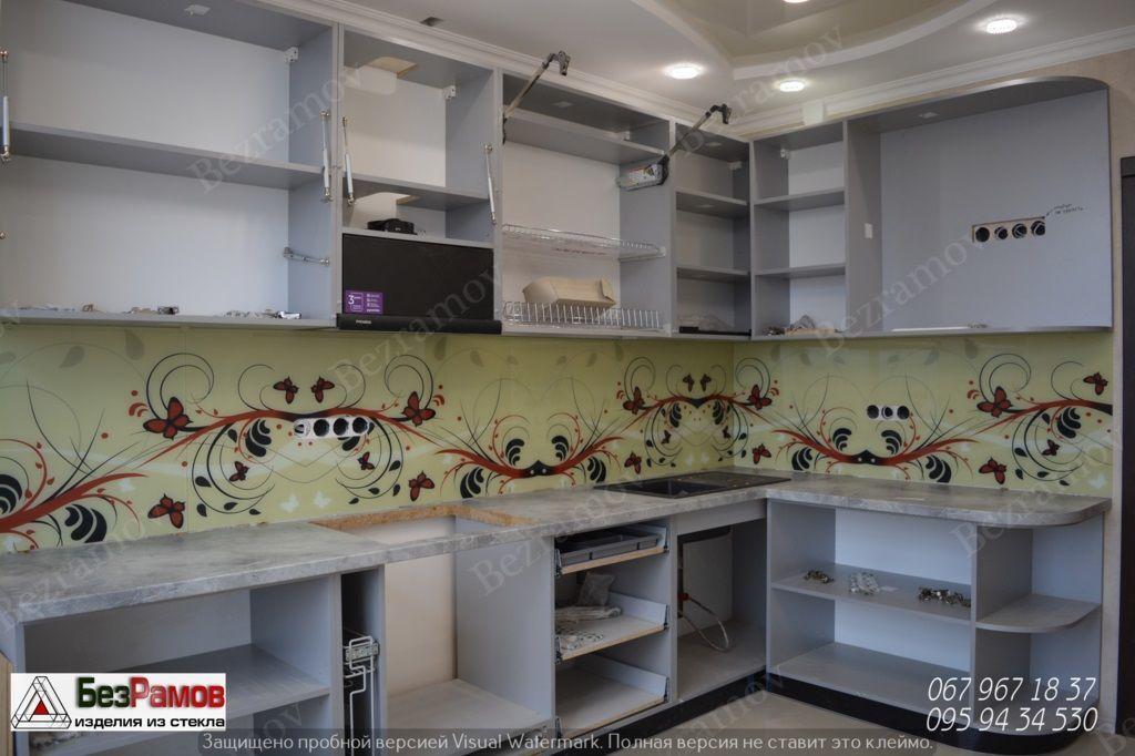 Фото 10 - панель на кухню - скинали