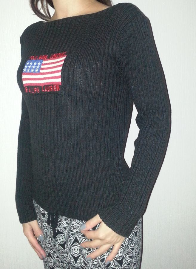 Фото - хлопковый черный  свитерок в резиночку с американским флагом