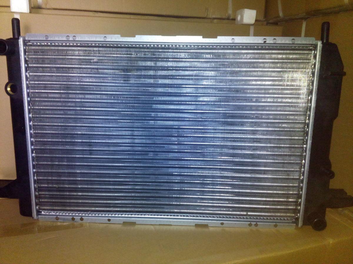 Фото 4 - радиатор основной Ford Scorpio 1,8=2,0 OHC 85-91гв