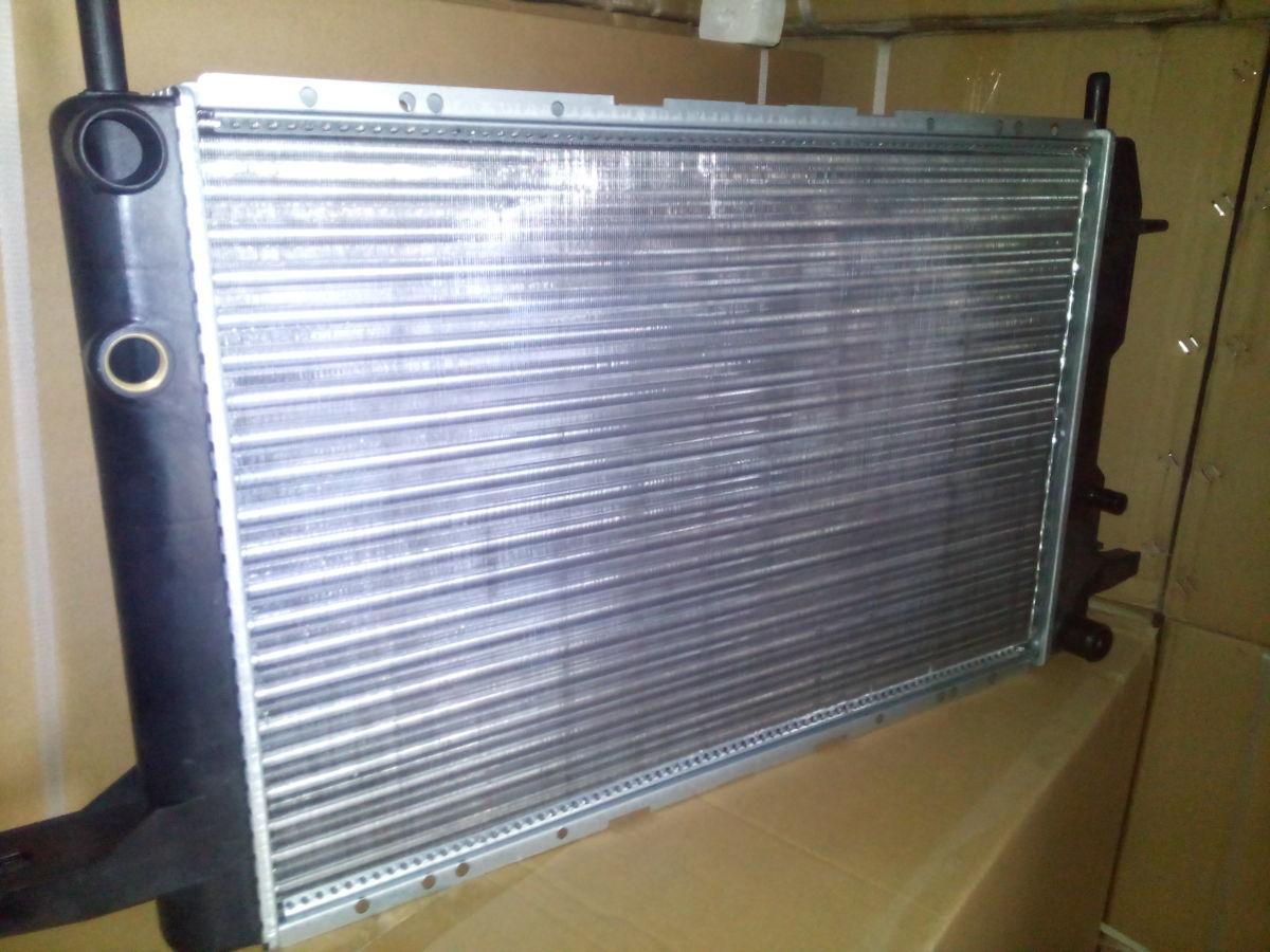 Фото 2 - радиатор основной Ford Scorpio 1,8=2,0 OHC 85-91гв