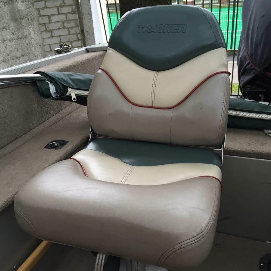 Фото - лодочное кресло (сиденье) в комплекте с вращающейся опорой