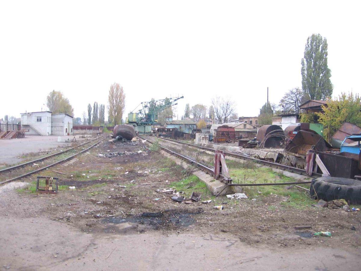 Площадка, база широкого применения с жд веткой Черкассы