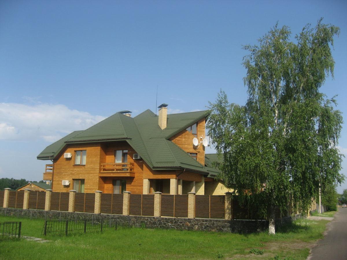 Шикарный Дом со своим выходом на Днепр! в с.Крещатик 150км от Киева.