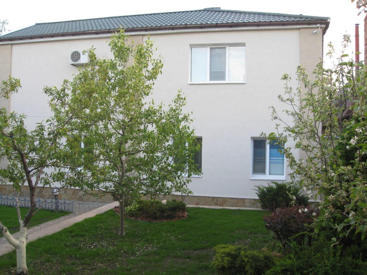 Продажа 2-эт. Дома с сауной и гостевым домом в Черкасах р-н.Казбета.