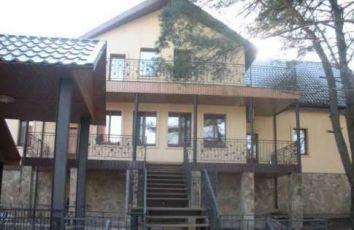 Продам базу отдыха в с. Кедина Гора, Черкасской области.