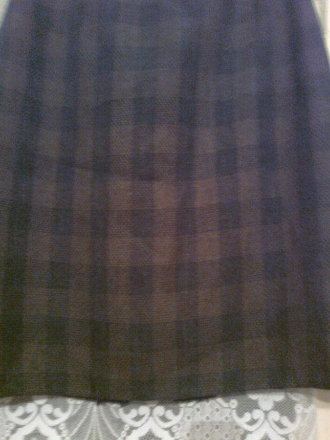 Фото 2 - Зеленая юбка в клетку на подкладке, вискоза,Украина