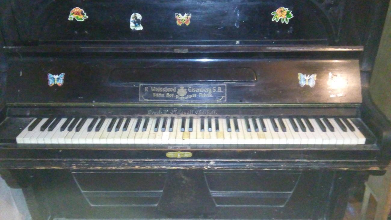 Фото 2 - Антикварное немецкое пианино R.Weissbrod Eisenberg S.A.
