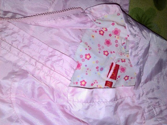 Фото 4 - Плащ розовый, для девочки с капюшоном - Б/У