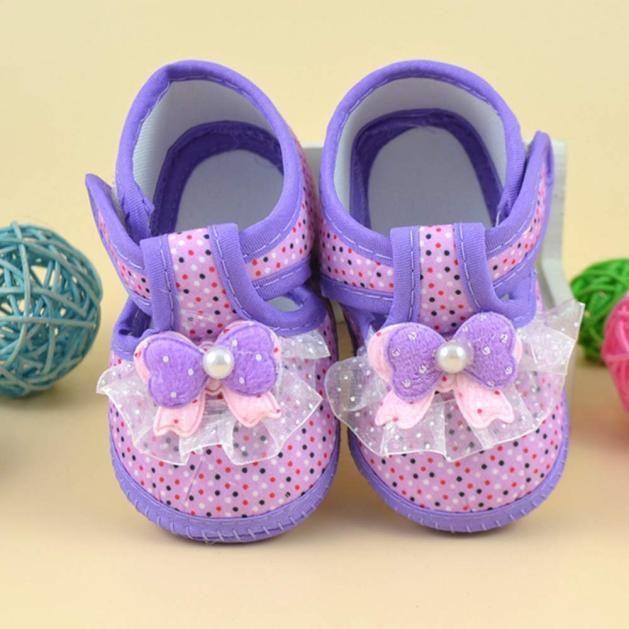 Фото 4 - Первая обувь для малышки с бантом - Новая