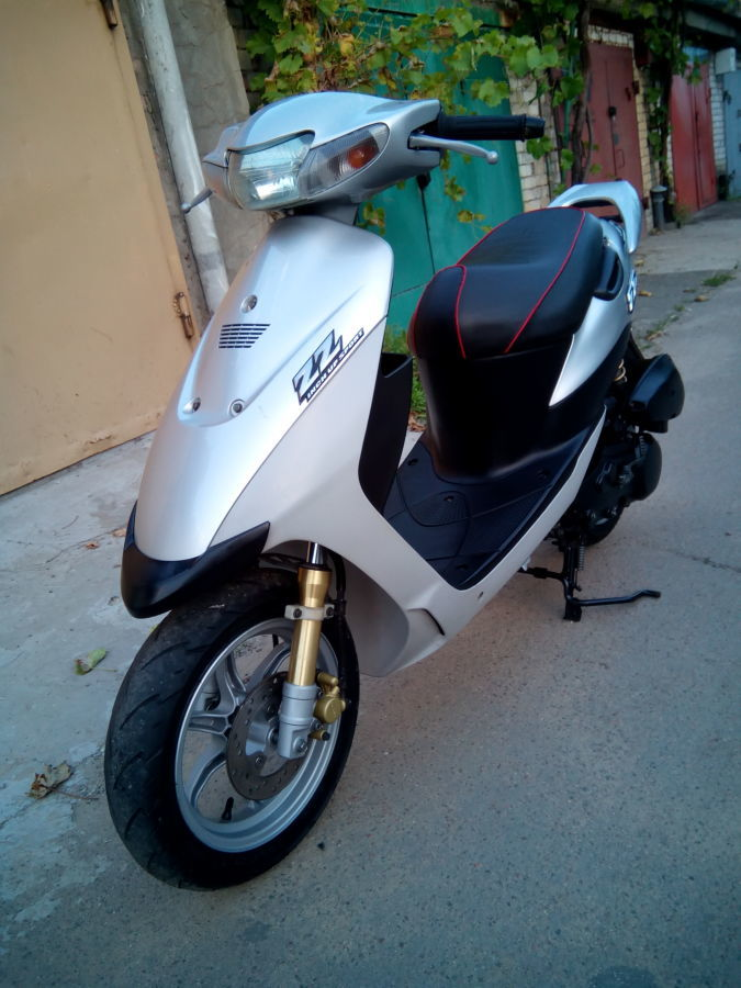 Фото 4 - продам скутер Suzuki ZZ Inch UP Sport