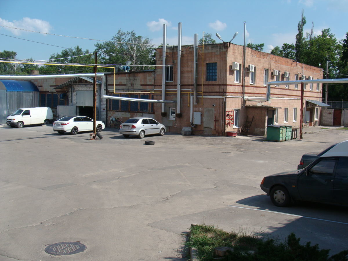 Продажа складского комплекса на Залютино