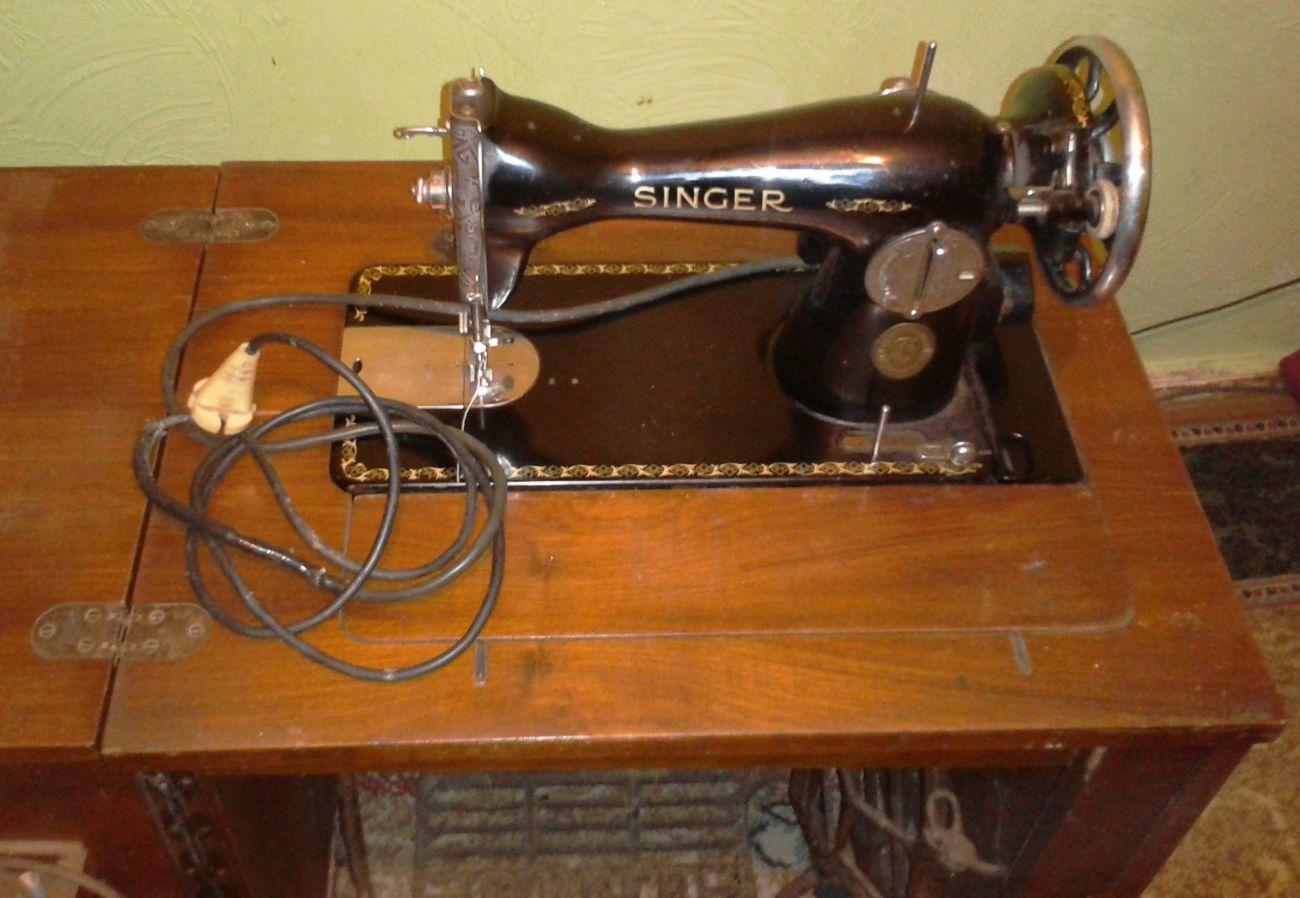 Фото 2 - Швейная машинка Singer