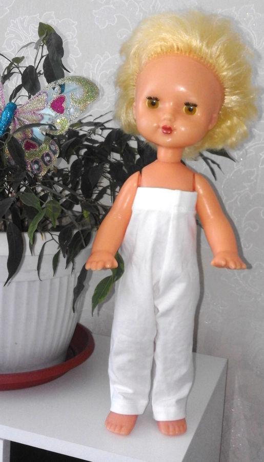 Светловолосая кукла СССР с моргающими глазами