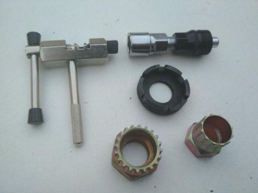 Ключи сьемники для велосипеда инструмент набор 5 единиц выжимка