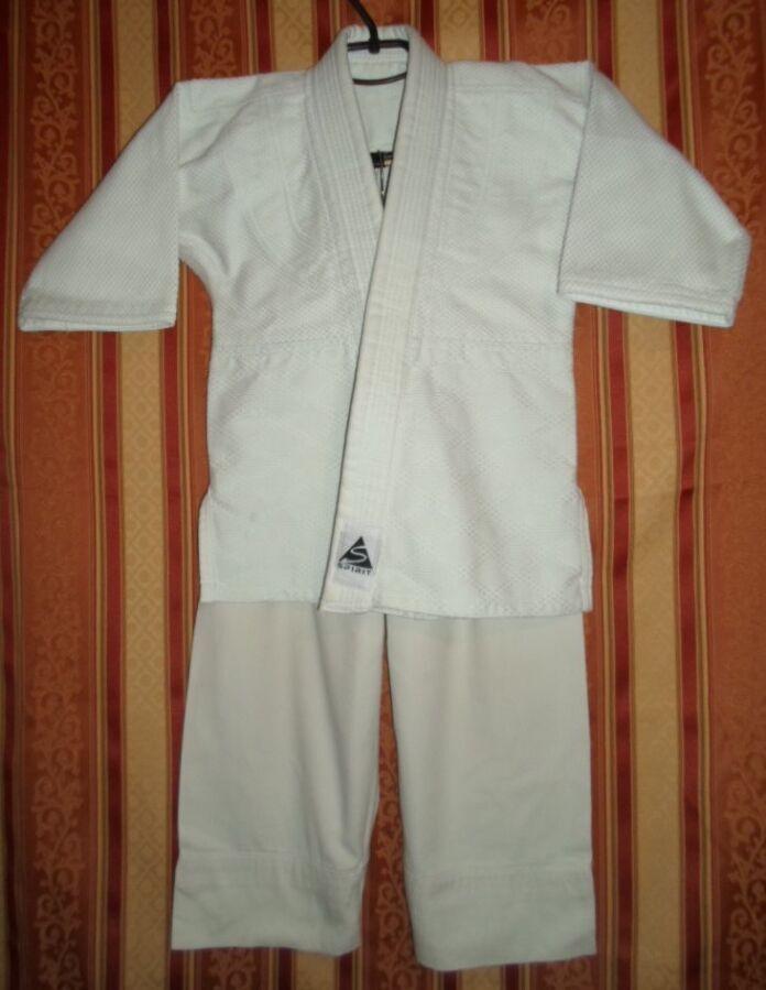 Кимоно жесткое дзюдо размер 000/110