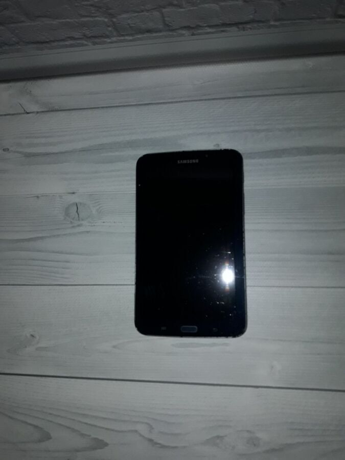 Планшет Samsung Galaxy Tab 3 SM-T210 7