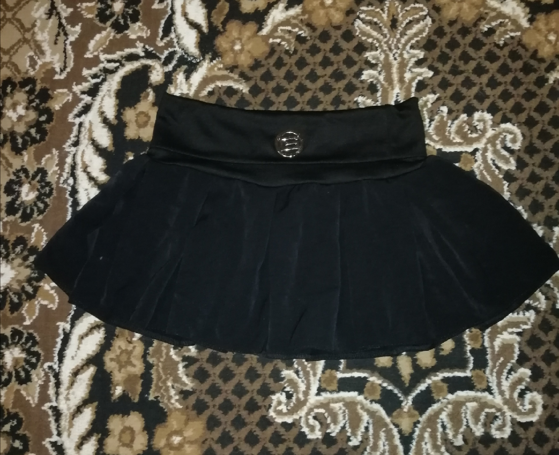Коротенькая юбка