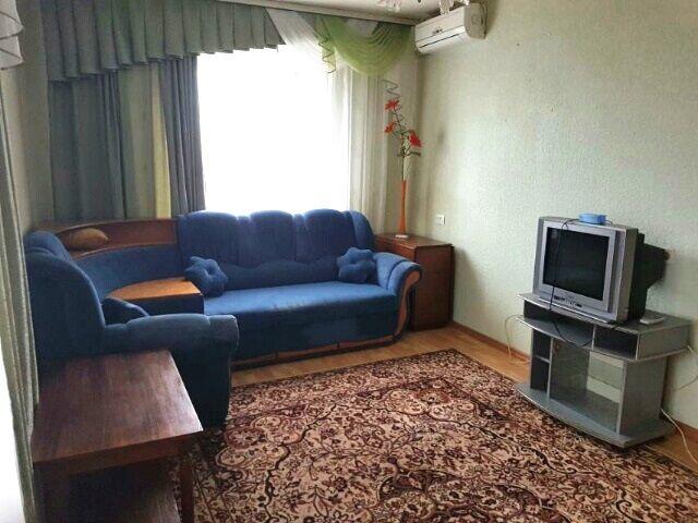 Срочно сдам 2-х комнатную квартиру на Половках
