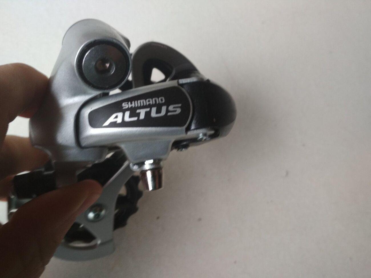Перекидка цепи Shimano Altus RD-M310 задняя под болт переключатель