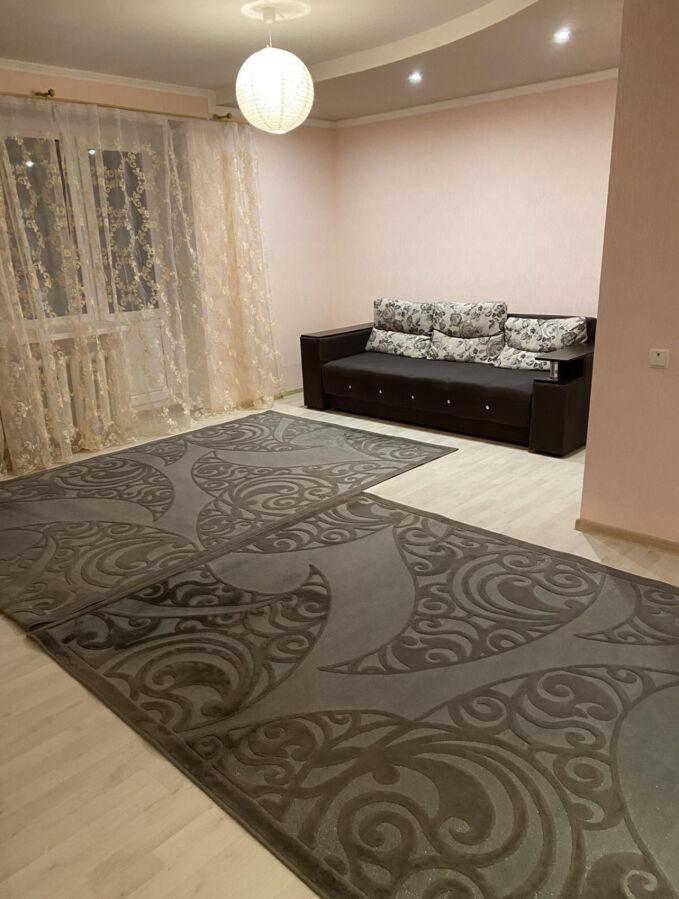 Сдам в аренду 2-хкомнатную  квартиру на Гожулянской