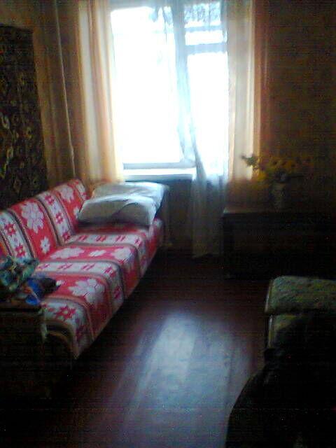 Сдам комнату в 2-ком квартире для парня на ул.Криворожской(