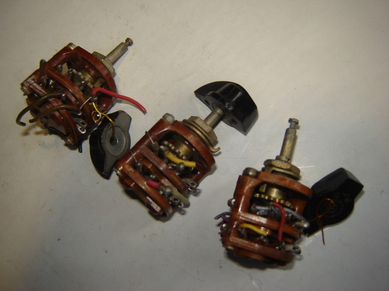 3 шт. 2-галетные переключатели НПМ с ручками