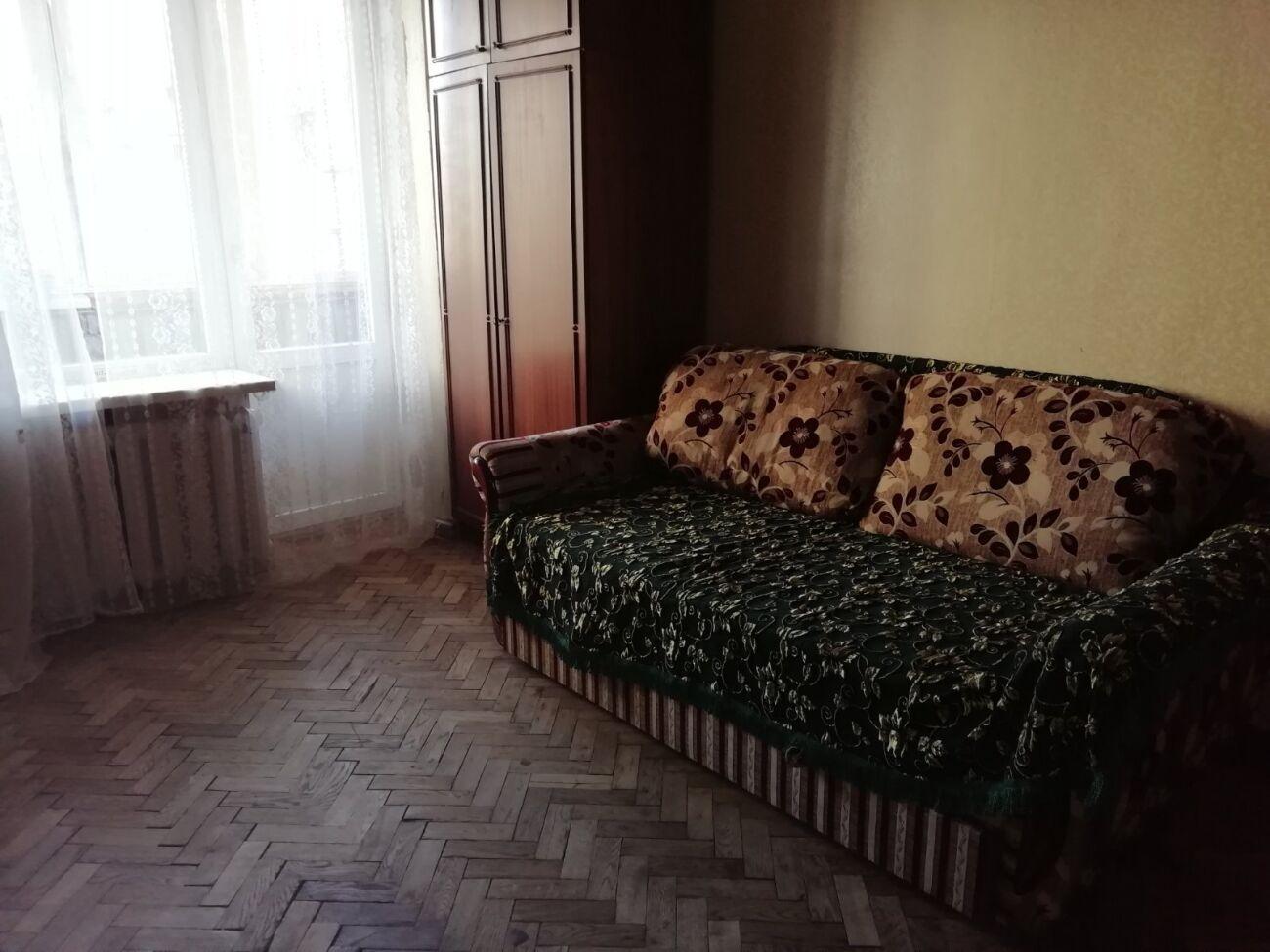 Сдам комнату в 2х. ком. кв,для девушки. ул.Заболотного. м. Теремки