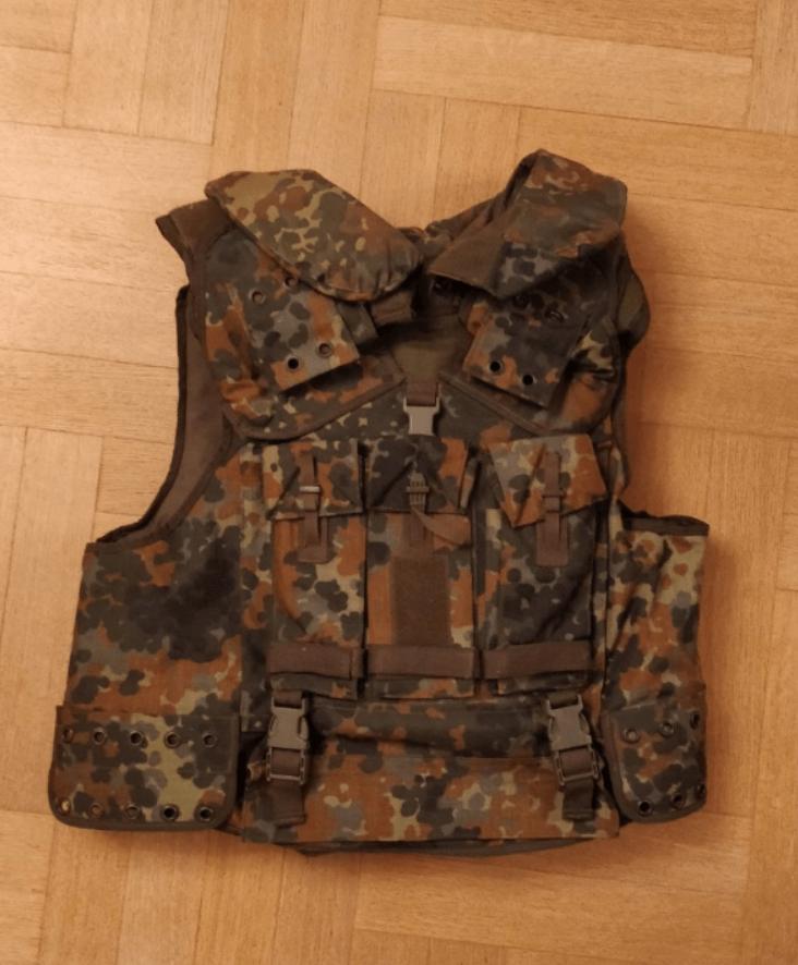 Продам новый бронежилет 6 класса защиты (Германия)