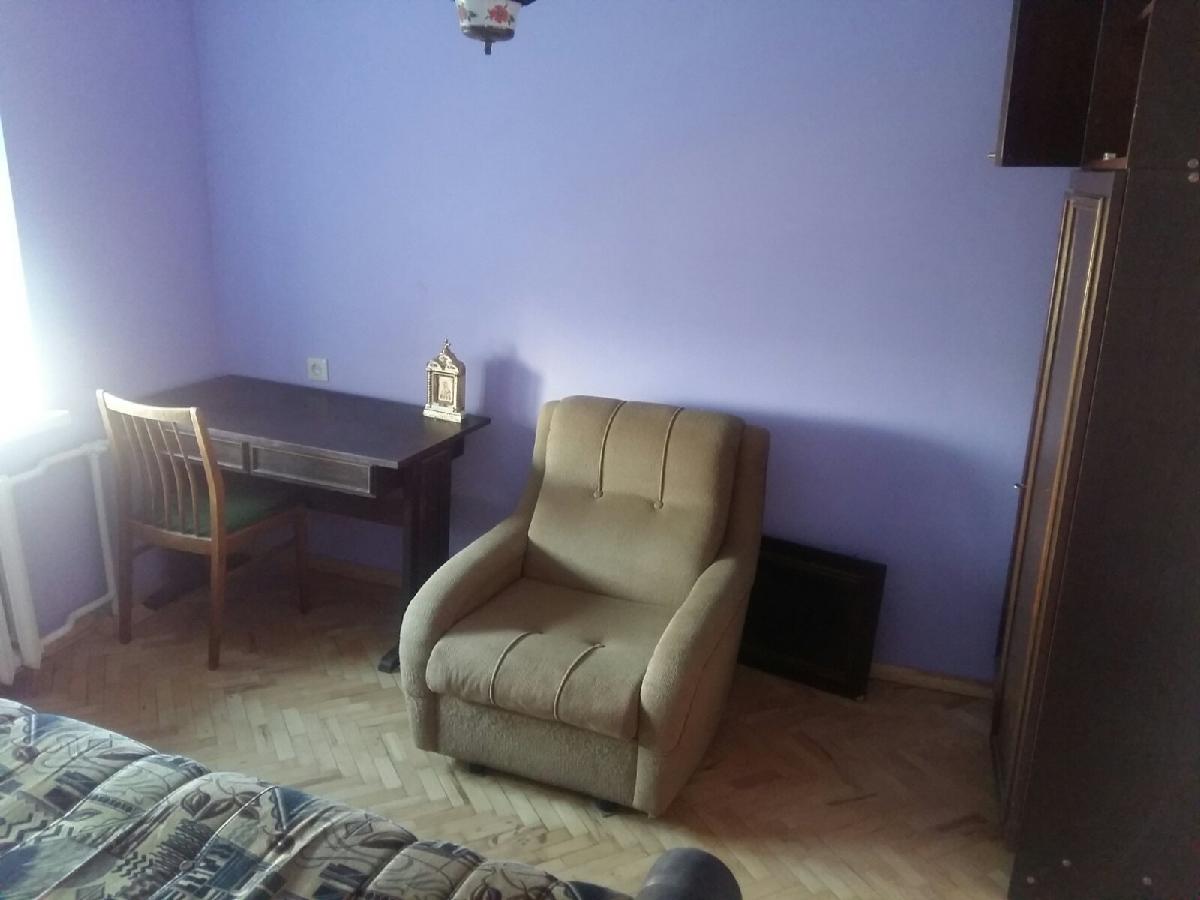 ФОТО. Комната для девушки на метро Левобережная пешком. Без хозяев.