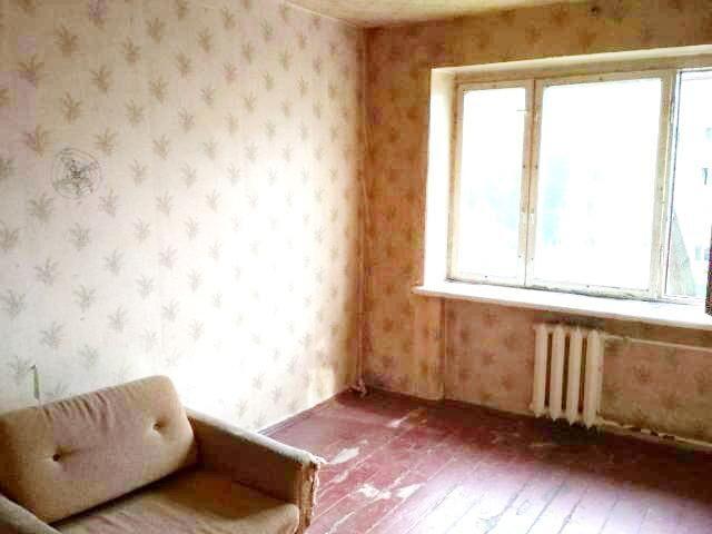 Продам 1к. гостинку ( блок на 4 комнаты) на ХТЗ!