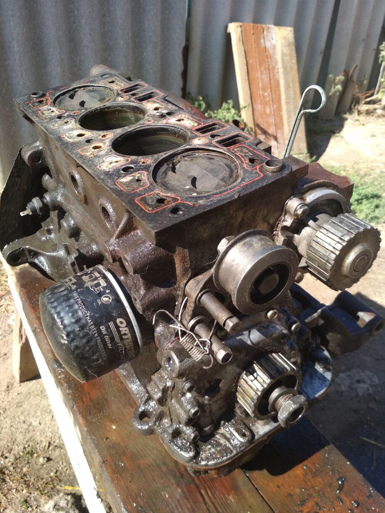 Продам двигатель в хорошем состоянии без головки