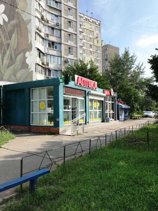Нежилое, ул. Ахматовой. Общая площадь 108 м2. Киев.
