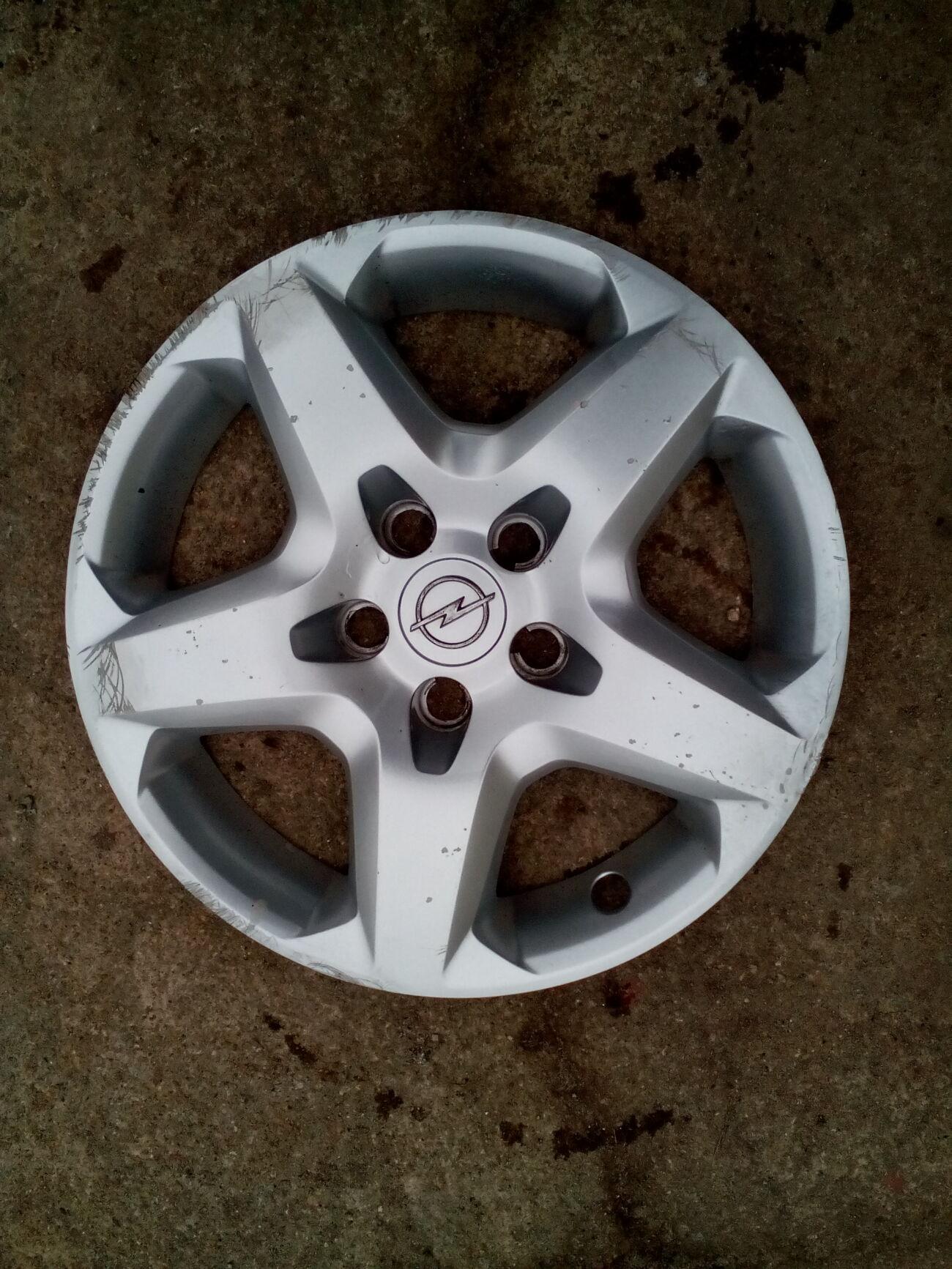колпак колесного диска Opel  6.1/2J X 16    13240543