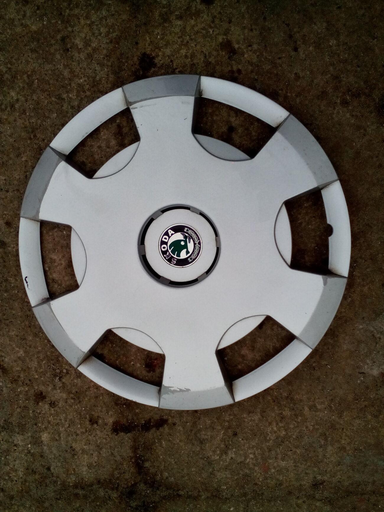 Колпак колесный Skoda Fabia 6Y0601147B