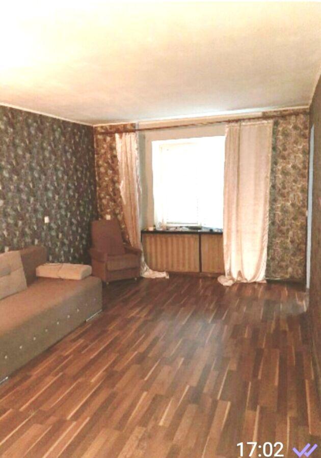 Срочно сдам 1-но комнатную квартиру на Алмазном