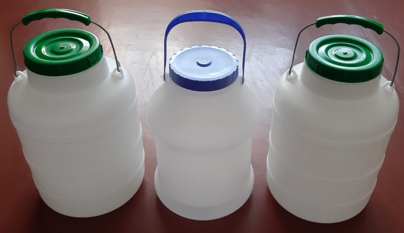 Бидон / Фляга пластмассовая пищевая 8л / 10л (горловина 100мм).