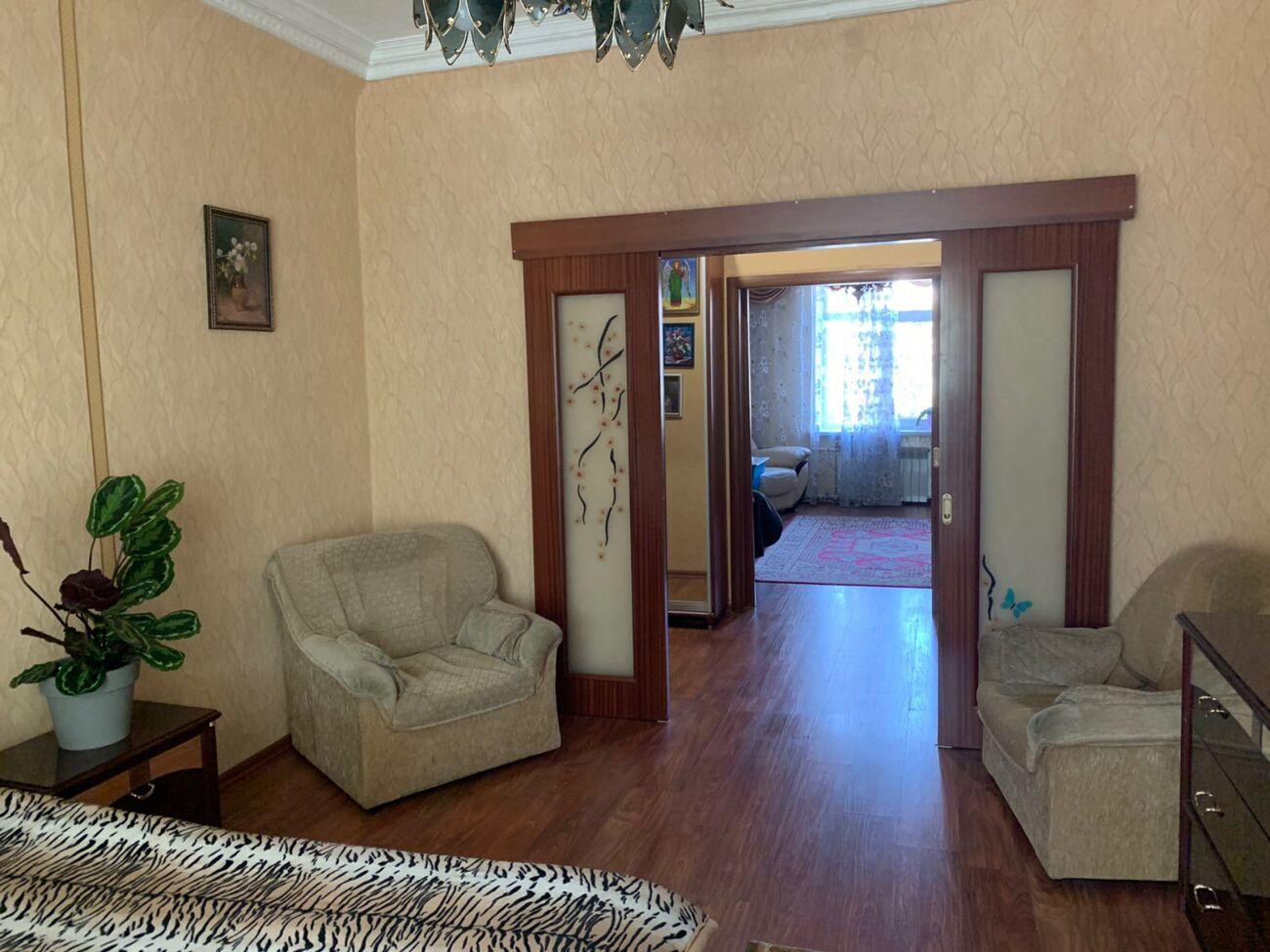 Аренда Днепр. 4к квартира на ул. Гоголя 1