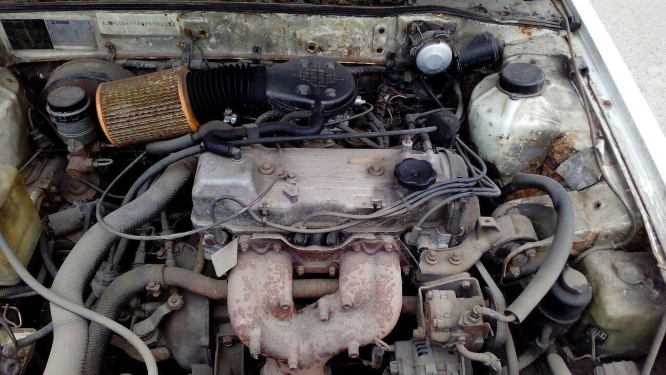 Продам Mitsubishi Galant по запчастям 1986 года 2.0 карбюратор бензин