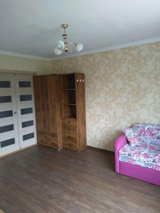 Сдам комнату в двухкомнатной квартире для девушки