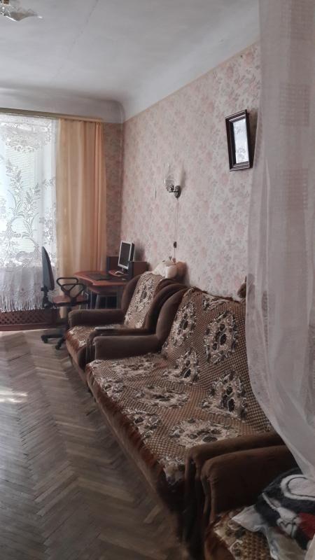 Двухкомнатная Сталинка в р-не Лукьяновки