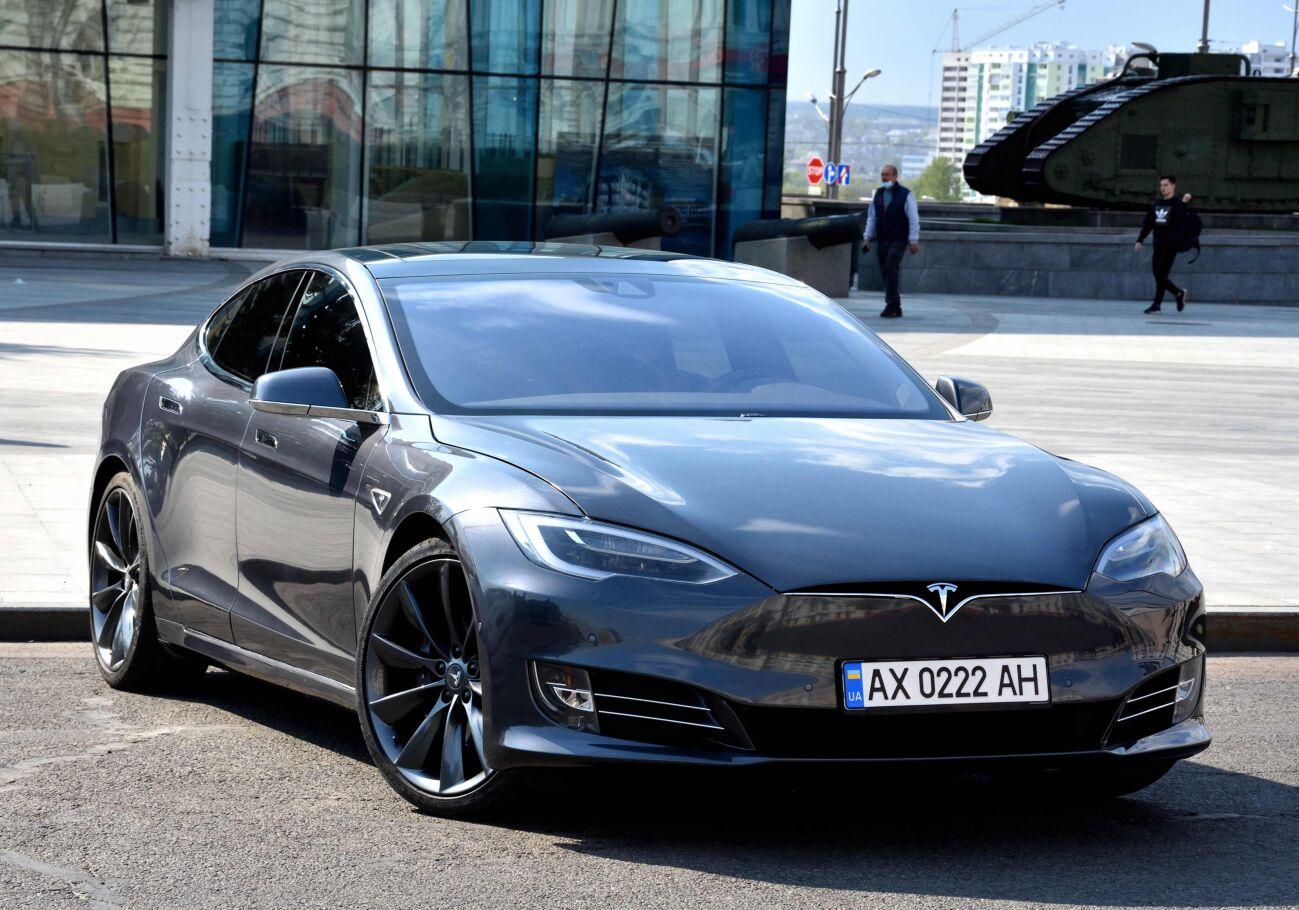 Tesla Model S 75 D 2016 Dual Motor