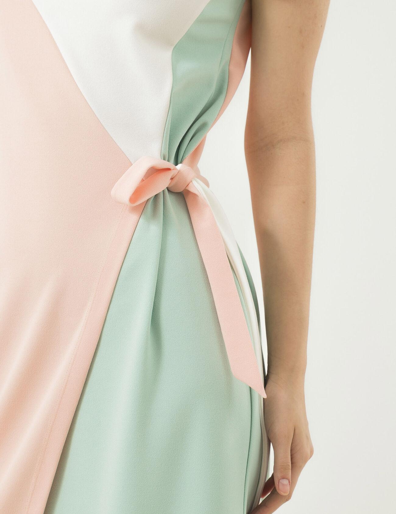 Фото платьев с большим вшитом поясе