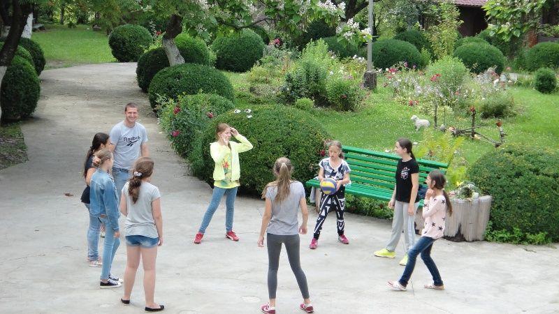 """Фото - Детский языковой лагерь """" Кактус"""" в Карпатах на осенние каникулы 2016"""